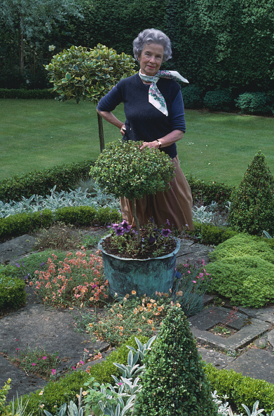 Ornamental Garden「Alvilde Lees-Milne」:写真・画像(3)[壁紙.com]