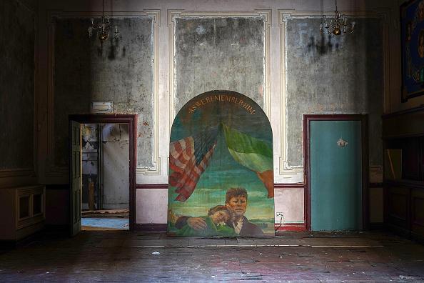 Liverpool F「Restoration Begins On The Wellington Rooms In Liverpool」:写真・画像(6)[壁紙.com]