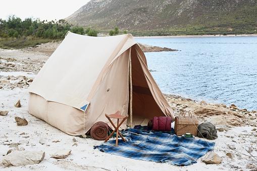 Tent「Tent Near Lake」:スマホ壁紙(11)