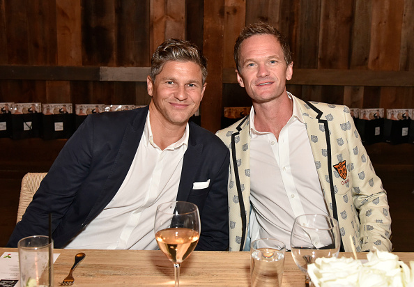 Neil Patrick Harris「Hamptons Magazine And Saks Fifth Avenue Celebrate Cover Stars Neil Patrick Harris And David Burtka」:写真・画像(3)[壁紙.com]