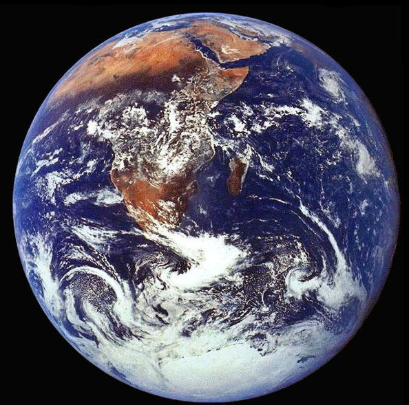 Outer Space「The Crew Of Apollo 17 Took This Photograph Of Earth In December 1972 While The Spacecraf...」:写真・画像(5)[壁紙.com]