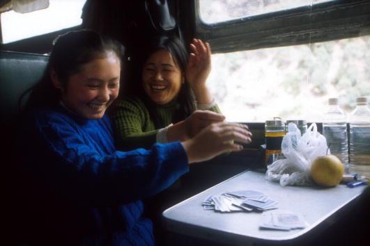 Passenger「ON THE TRAIN FROM KUNMING TO GUILAN」:写真・画像(13)[壁紙.com]