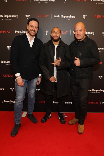 Neymar da Silva「Capsule Collection Neymar Jr. X Replay At Weltstadthaus Duesseldorf」:写真・画像(8)[壁紙.com]