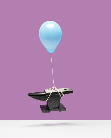 Success「Balloon lifting an anvil」:スマホ壁紙(11)