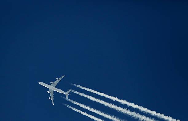 Airliner (Airbus A340):スマホ壁紙(壁紙.com)