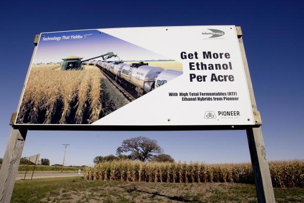 Ethanol「Illinois Plant Produces Alternate Fuel」:写真・画像(16)[壁紙.com]