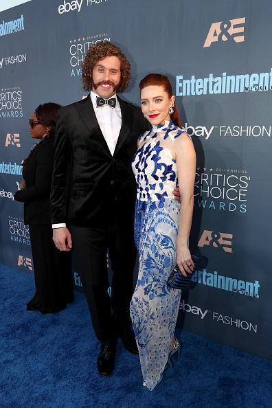 T 「The 22nd Annual Critics' Choice Awards - Red Carpet」:写真・画像(12)[壁紙.com]