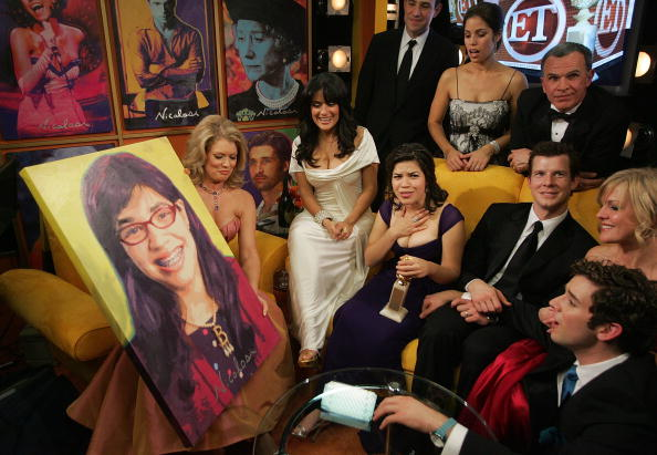 Entertainment Tonight「Backstage With Stars For A Cause At The Golden Globes」:写真・画像(16)[壁紙.com]
