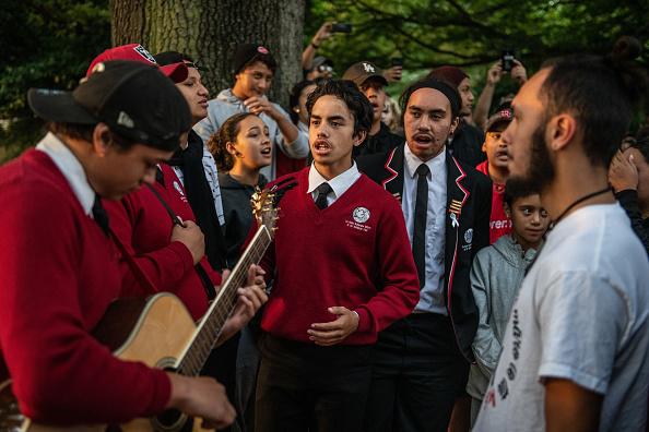 友情「Christchurch Mourns After Worst Mass Shooting In New Zealand's History」:写真・画像(18)[壁紙.com]
