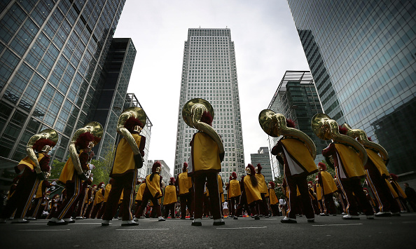 2012 Summer Olympics - London「University Of Southern California Trojan Band Marches Into Canary Wharf」:写真・画像(19)[壁紙.com]