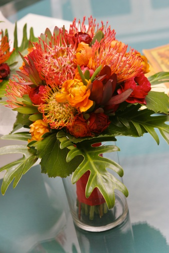 Flower Arrangement「カラフルな明るい美しいフラワーアレンジメントに花瓶静物」:スマホ壁紙(5)