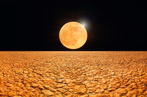 Moon「Abstract image, moonrise over desert.」:スマホ壁紙(0)