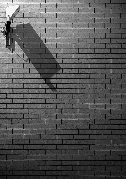 Copy Space「Abstract image of Security Light on blank brick wall (B&W)」:写真・画像(15)[壁紙.com]