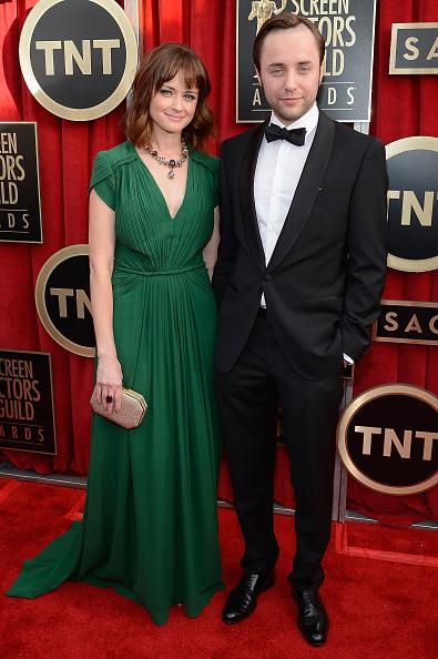 Alexis Bledel「19th Annual Screen Actors Guild Awards - Red Carpet」:写真・画像(3)[壁紙.com]