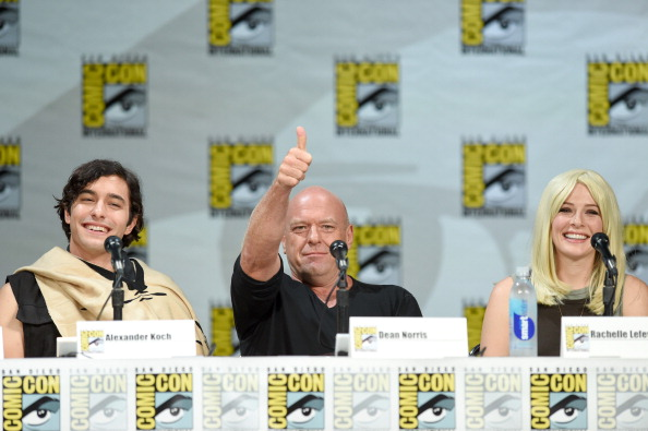 """Ethan Miller「CBS """"Under The Dome"""" Panel & Exclusive Sneak Preview - Comic-Con International 2014」:写真・画像(6)[壁紙.com]"""