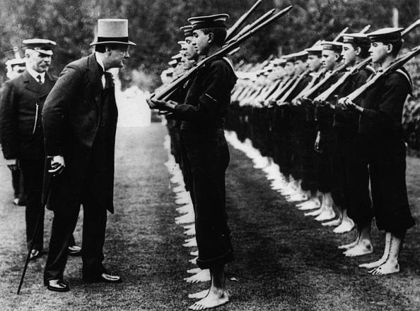 Looking「Winston Churchill」:写真・画像(14)[壁紙.com]
