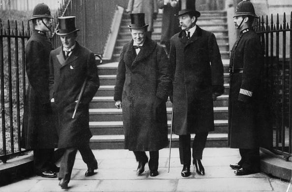 Gray Color「Winston Churchill」:写真・画像(16)[壁紙.com]