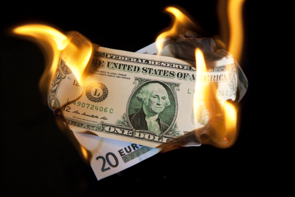 Money to Burn「Currency In Flames」:写真・画像(2)[壁紙.com]