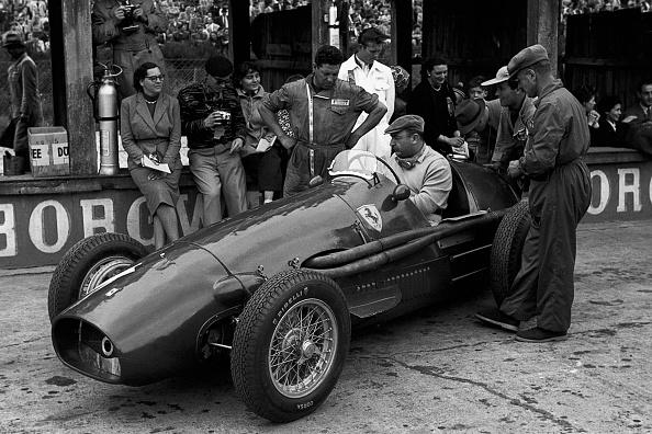 Mechanic「Froilan Gonzalez, Grand Prix Of Germany」:写真・画像(6)[壁紙.com]