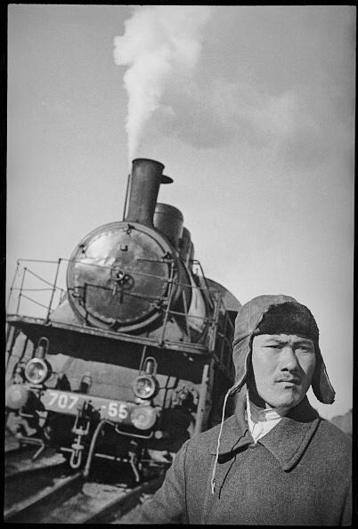 Max Penson「Railway Worker」:写真・画像(15)[壁紙.com]