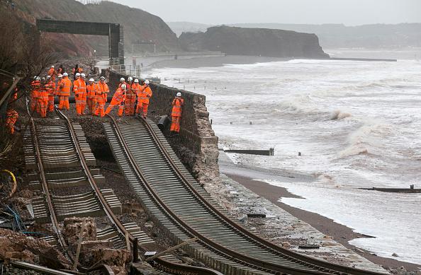 Rail Transportation「Storms Hit South West Of England」:写真・画像(19)[壁紙.com]