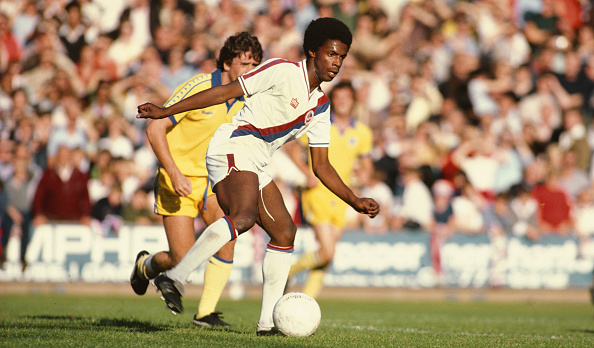 Club Soccer「Vince Hilaire Crystal Palace v Brighton 1978」:写真・画像(2)[壁紙.com]