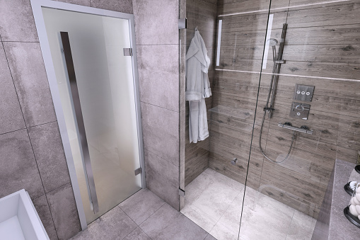 Wood Paneling「Small bathroom interior」:スマホ壁紙(4)