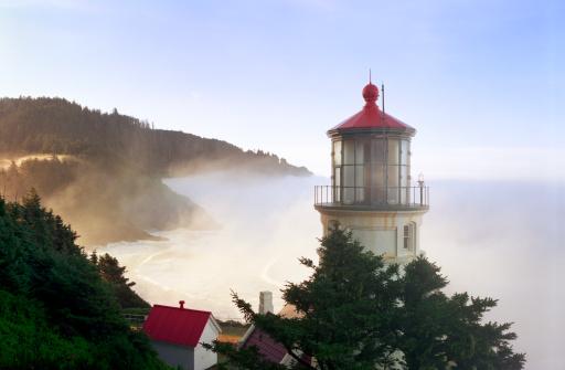 Beacon「Heceta Head Lighthouse」:スマホ壁紙(3)