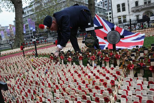 Dan Kitwood「Armistice Day Is Observed In London」:写真・画像(8)[壁紙.com]