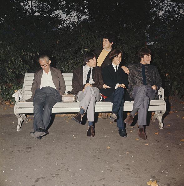Bench「The Kinks And Friend」:写真・画像(19)[壁紙.com]
