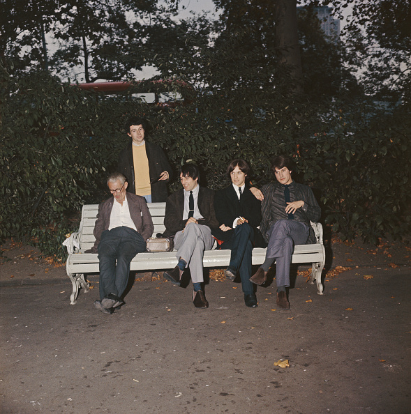 Bench「The Kinks In Embankment Gardens」:写真・画像(11)[壁紙.com]