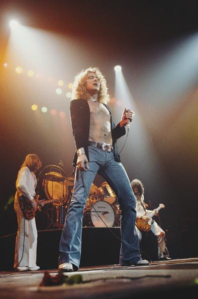 ステージ「Led Zeppelin」:写真・画像(18)[壁紙.com]