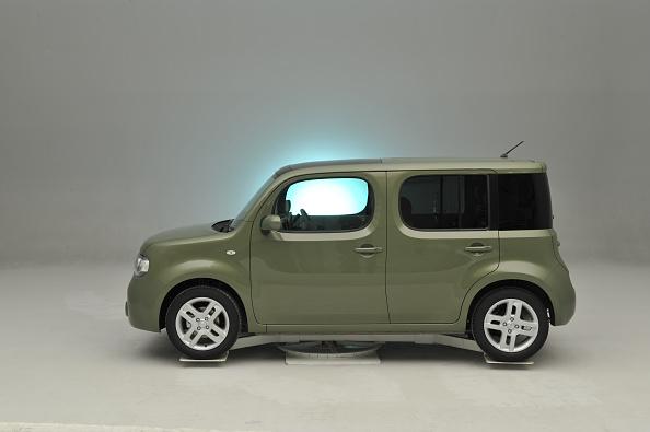 Finance and Economy「Nissan Cube 2008」:写真・画像(18)[壁紙.com]