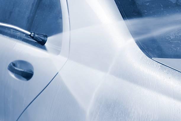 Car prewash with high pressure cleaner:スマホ壁紙(壁紙.com)