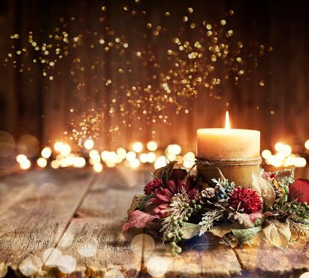 Celebration「Holiday Candle Background」:スマホ壁紙(1)