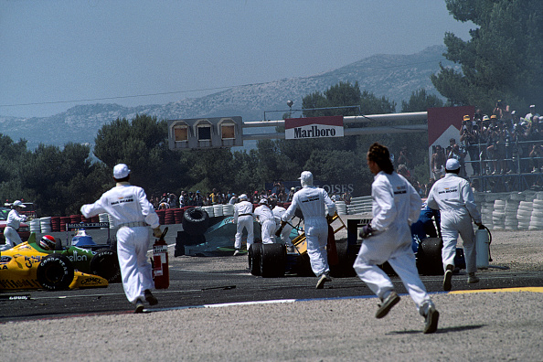 Grand Prix Motor Racing「Emanuele Pirro, Mauricio Gugelmin, Rene Arnoux, Grand Prix Of France」:写真・画像(13)[壁紙.com]