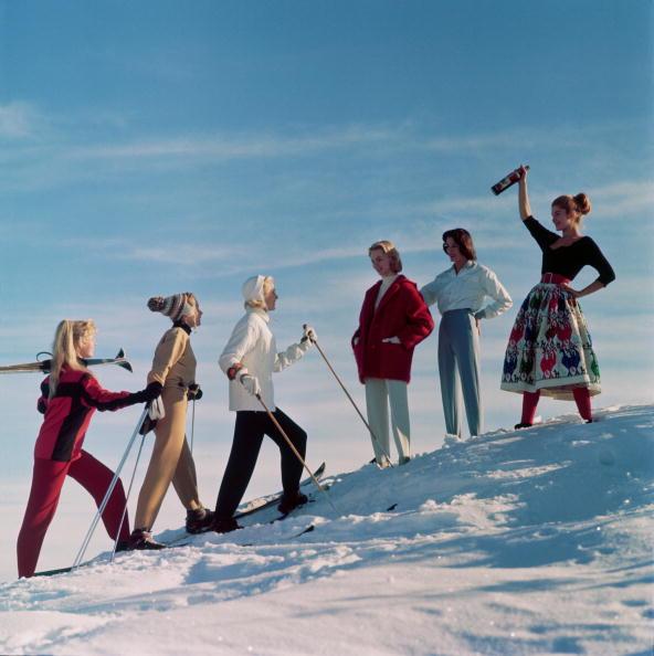 アーカイブ画像「Skiing Party」:写真・画像(5)[壁紙.com]