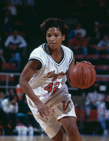 Dribbling - Sports「University of Tennessee Lady Volunteers vs University of Virginia Cavaliers」:写真・画像(12)[壁紙.com]