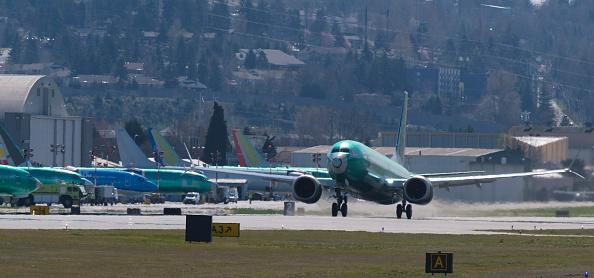 全景「Boeing Test Flights Continue For MAX Planes Before Shipment To Customers」:写真・画像(1)[壁紙.com]