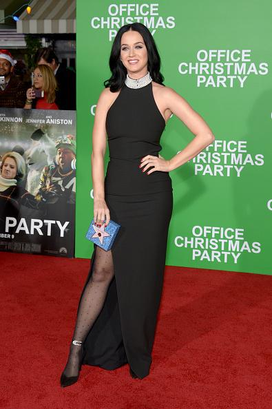 "Film Premiere「Premiere Of Paramount Pictures' ""Office Christmas Party"" - Arrivals」:写真・画像(16)[壁紙.com]"