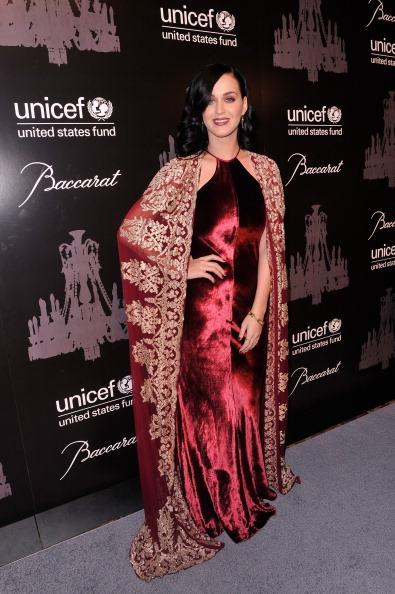結晶「The Ninth Annual UNICEF Snowflake Ball - Arrivals」:写真・画像(9)[壁紙.com]