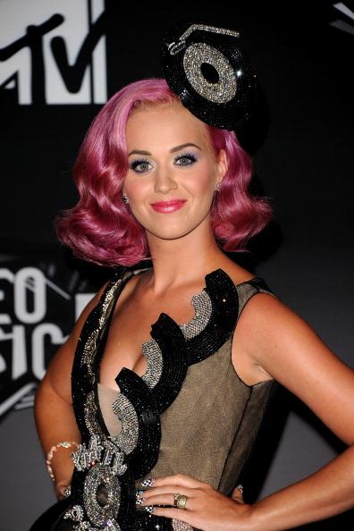 Pink Hair「2011 MTV Video Music Awards - Press Room」:写真・画像(6)[壁紙.com]