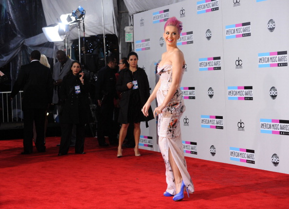 Chinese Culture「2011 American Music Awards - Arrivals」:写真・画像(9)[壁紙.com]
