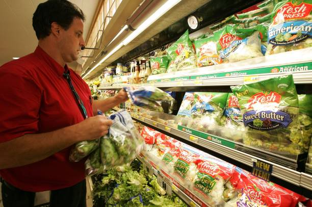 FDA Issues Warning After E. coli Outbreak Traced To Spinach:ニュース(壁紙.com)