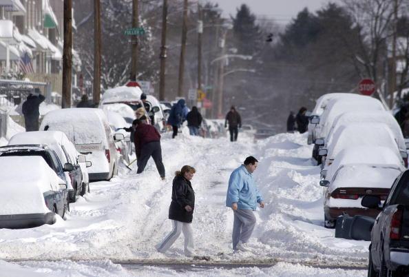 Philadelphia - Pennsylvania「Midwest And East Coast Hit With Major Snowfall」:写真・画像(16)[壁紙.com]