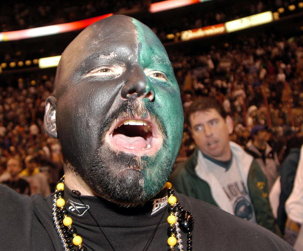 """Philadelphia Eagles「Competitive Eaters Face Off In Annual """"Wing Bowl""""」:写真・画像(11)[壁紙.com]"""
