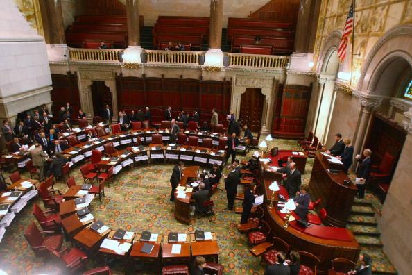 Flooring「New York Gov. Eliot Spitzer Linked To Prostitution Ring」:写真・画像(0)[壁紙.com]
