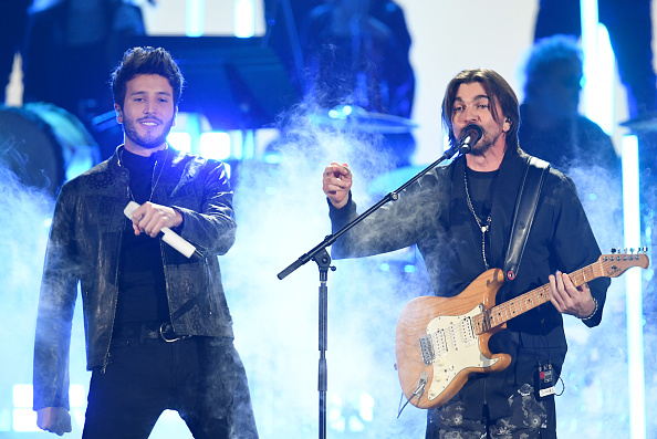 Sebastián Yatra「The 20th Annual Latin GRAMMY Awards - Show」:写真・画像(6)[壁紙.com]