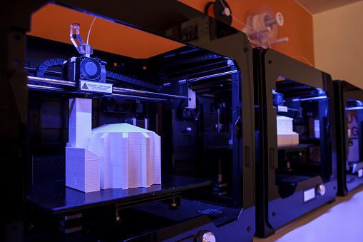 3D Printing「3D models being printed in 3d printers」:スマホ壁紙(16)