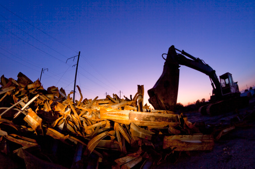 Pennsylvania「An excavator among debris at dusk」:スマホ壁紙(12)